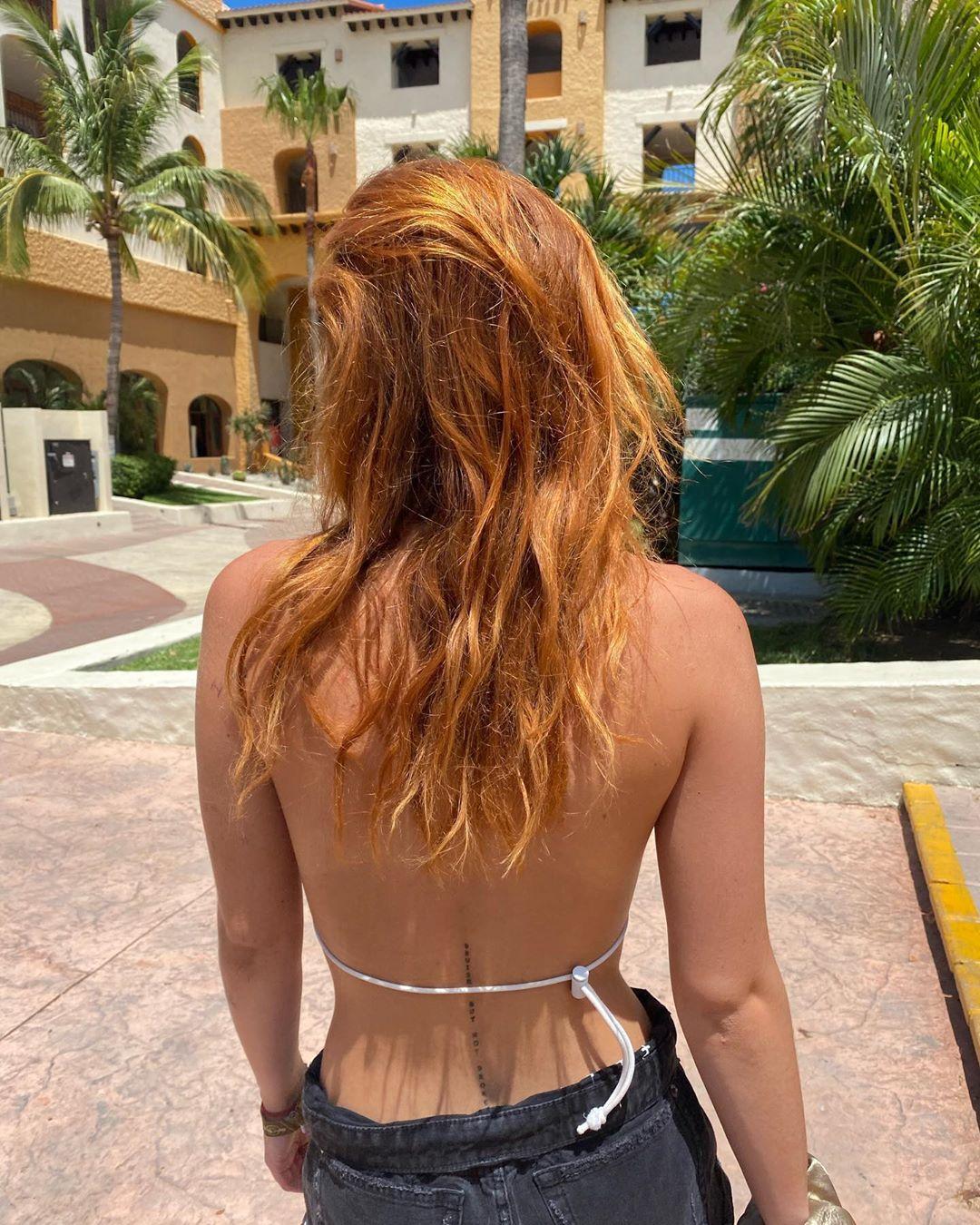 BellaThorne_CaboSanLucas11